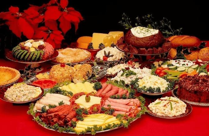 Простые и вкусные закуски на новогодний стол 2021. Рецепты вкусных салатов