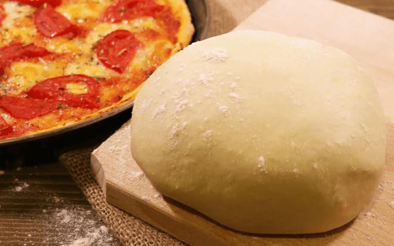 Тесто для пиццы на дрожжах, простое, на кефире, без дрожжей. Тесто для неаполитанской пиццы.