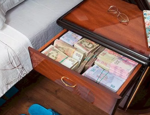 Хранение денег дома. Правила хранения по фен шуй. Где нужно хранить деньги дома, чтобы они водились.