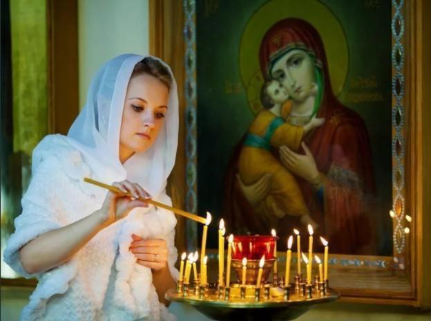 Какие молитвы читать за здравие, о замужестве, о зачатии: к каким святым обращаться. Каким иконам ставят свечи.