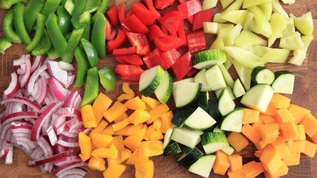 Нарезка из овощей на праздничный стол в домашних условиях