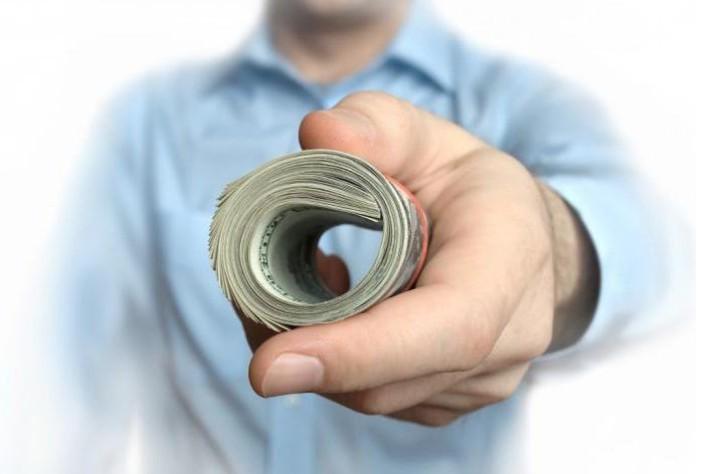Деньги в долг приметы: брать и давать