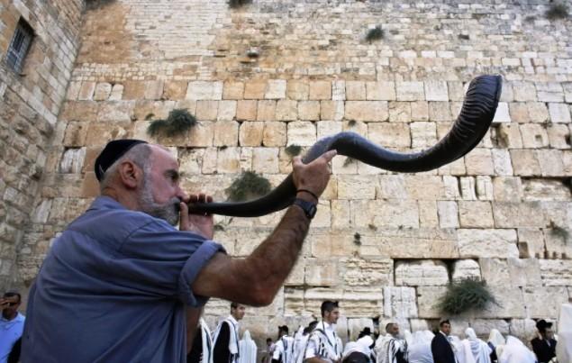 Как евреи праздную новый год