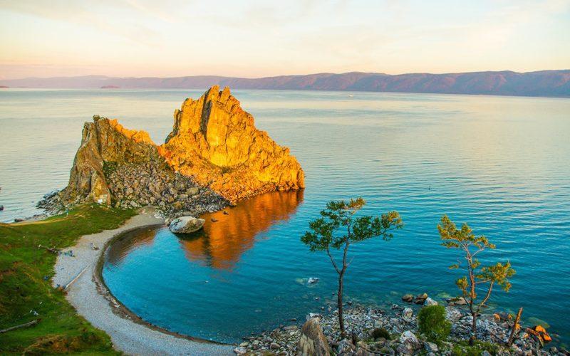 Байкал озеро: где находится, животный и растительный мир. Когда лучше поехать на Байкал. Что посмотреть на Байкале летом и зимой.